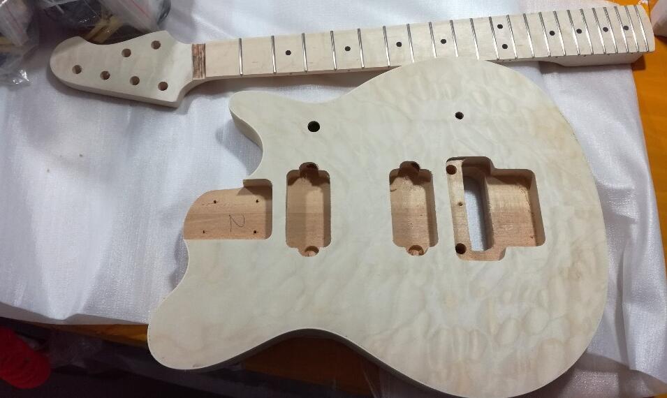 2019 Nouveau Populaire GY-DIY Kit Ensemble électrique guitare Tilleul Corps Érable Touche Palissandre avec Accessoires livraison gratuite