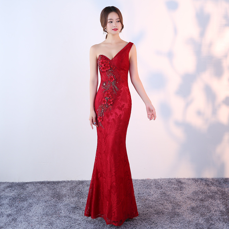 Sexy Women Slim Cheongsam Vintage Flower Bridesmaid Qipao Vestidos Classic Lace Red Evening Mermaid Dress Night Club Gowns S-XXL
