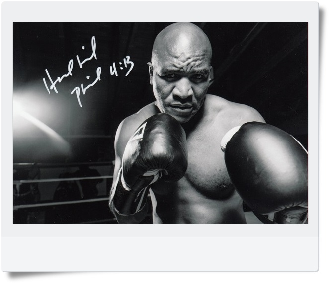 signed Evander Holyfield  autographed  original photo  7 inches freeshipping 3 versions 062017 A signed tfboys jackson autographed photo 6 inches freeshipping 6 versions 082017 b