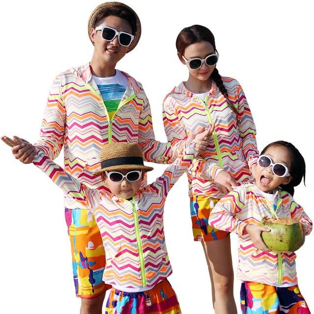 Бесплатная доставка лето семья верхняя одежда в полоску длинный рукав куртки пальто holday девушки парни куртка мать девушки отца мальчик одежды
