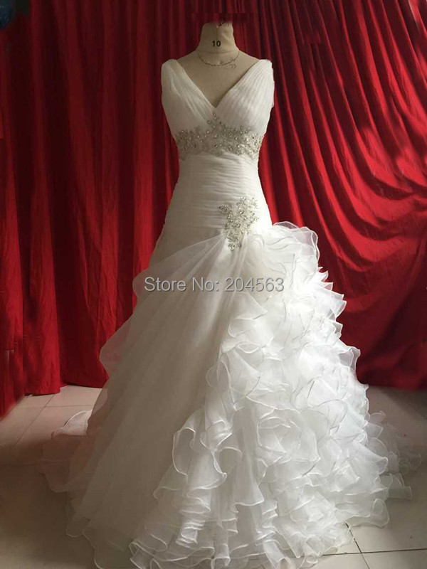 In Stock A Line V Neck Wedding Dresses with Spaghetti Straps and Ruffle Skirt Organza Wedding