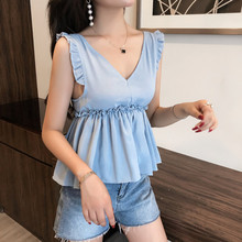 цены на 2019 sexy tunic women cute v neck sleeveless Wood ears pleated casual blouse elegant lace shirt back bow tied hollow out new top  в интернет-магазинах