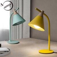 Moderne Nordic eisen holz tisch lampe art deco landschaft schreibtisch lampe LED E27 mit 4 farben für studie schlafzimmer wohnzimmer zimmer buchhandlung-in LED-Tischleuchten aus Licht & Beleuchtung bei