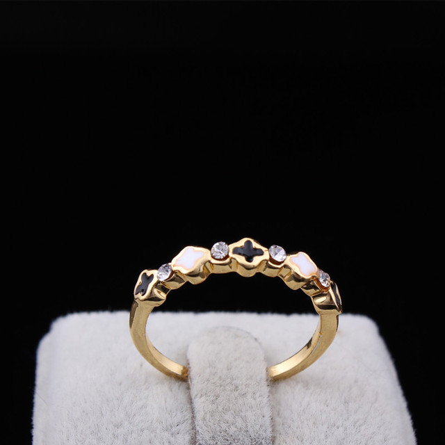 Gold Plated Rhinestone Black White Four Leaf Clover Finger Ring For Woman