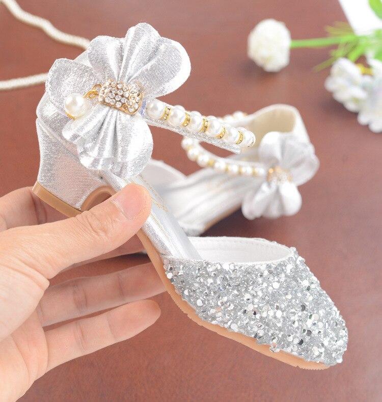 Image 4 - Детские сандалии из искусственной кожи с пряжкой на ремешке, обувь для девочек, блестящие сандалии на высоком каблуке с бантом, обувь для вечеринок, подарок, 2019Сандалии   -