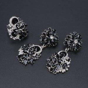 Image 5 - Luksusowy styl dubajski ślubne zestawy biżuterii kryształowe oświadczenie ślubny srebrny platerowany naszyjnik kolczyki zestaw prezent na boże narodzenie dla kobiet