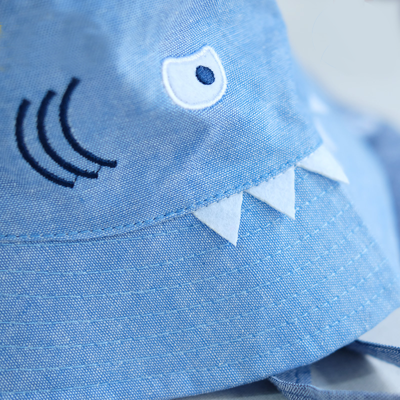 419a1a8aa94 3D Shark Design Baby Sun Hat Baby Boys Girls Beach Hat Cotton Toddler Kids  Summer Hat Sun Protection Bucket Hat 2 5Yrs-in Bucket Hats from Men s  Clothing ...