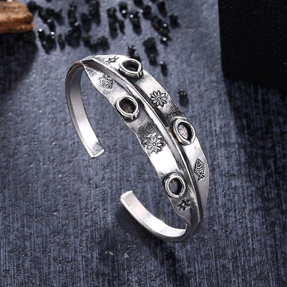 GOMAYA 2018 New S925 Sterling Silver Bracelet Flower Fish Carving Design Thai Openning Bangles for Women Jewelry in Bracelets Bangles from Jewelry Accessories