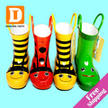 Cartoon Children Rain Boots New 2017 Kids Rubber Boots Bee / Frog / Beatles Girls Shoes Flat Rainboots Bota Baby Kids Shoes