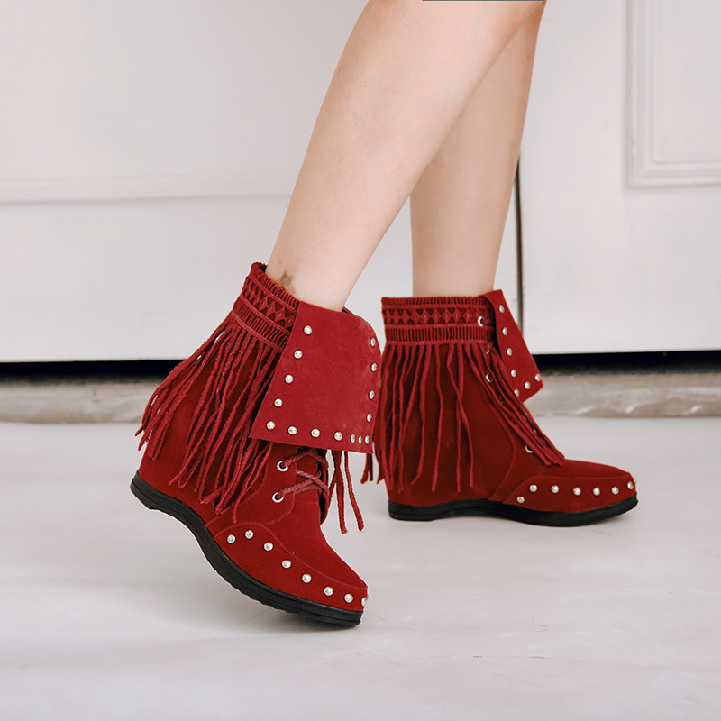 a75cc6a9688 US $24.37 49% OFF|YMECHIC Lace Up Suede Western Cowboy Boots Women Fringe  Rivet Cross Tied Fashion Gothic Punk Ladies Ankle Boots Shoes Plus Size-in  ...