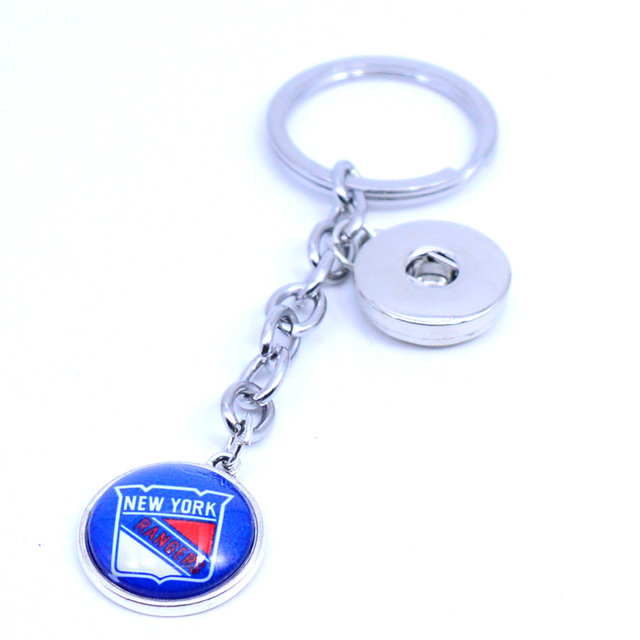 Ice Hockey Keychain NHL New York Rangers Charm Key Chain Car Keyring for  Women Men Party Birthday Keyrings Gifts New 2018 4ee64b128