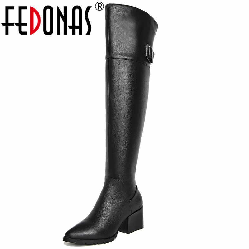 Женские сапоги выше колена FEDONAS, черные теплые длинные мотосапоги на высоких каблуках, классическая обувь на зиму 2019