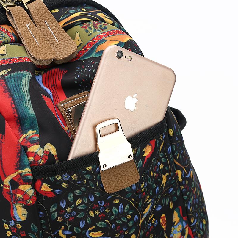 2019 New Women Emoji Shoulder Bag Best Travel Women Backpack Female Printing Waterproof School Knapsack mochila Bagpack Pack 18