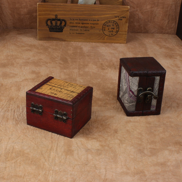 Vintage Square Wooden Box Metal Lock Jewelry Box Treasure Chest Case Manual  Desktop Organizador Sundries Storage