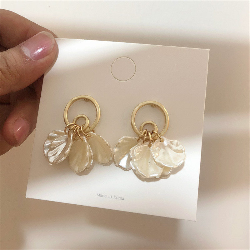EARS HIGH 2019 Korea Shell Tassel Gold Color Plating Metal Circle Drop Earrings For Women Fashion Brincos Jewelry Gifts