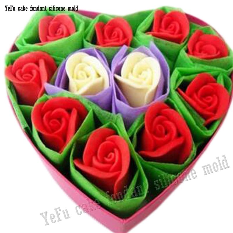 37ddc4018549 3D Silicone Moule Rose Fleurs Forme Moule De Savon, Bonbons, Chocolat,  Glace, DIY De décoration de Gâteau outils F0785