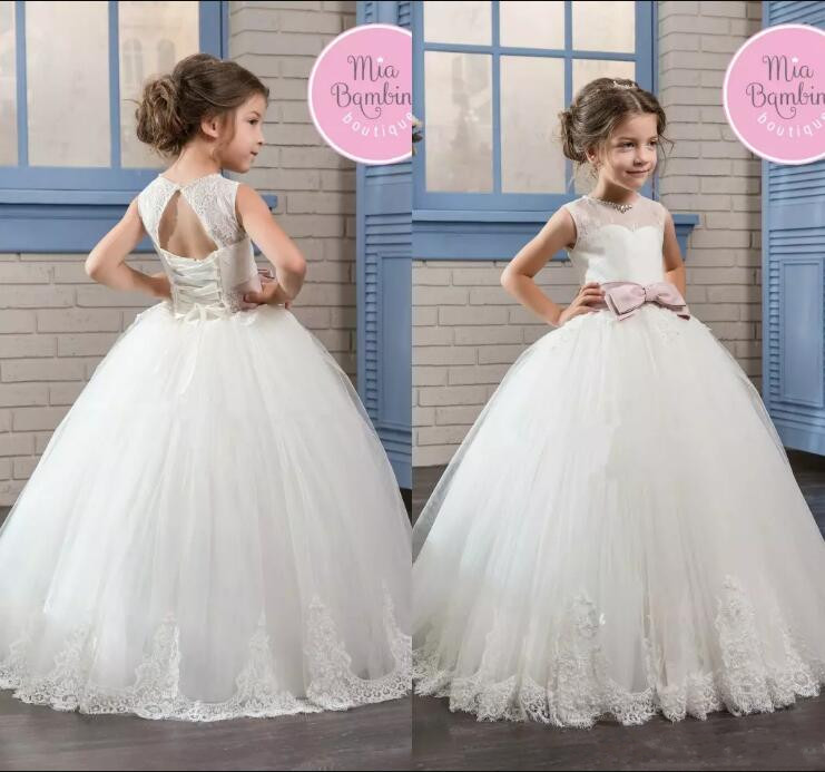 2017 Little Girls Princess Ball Gown Tulle Flower Girls Dresses Sheer Crew Neck Lace Appliqued Corset Back Communion Dress fascinating falbala flower lace ribbon women s corset
