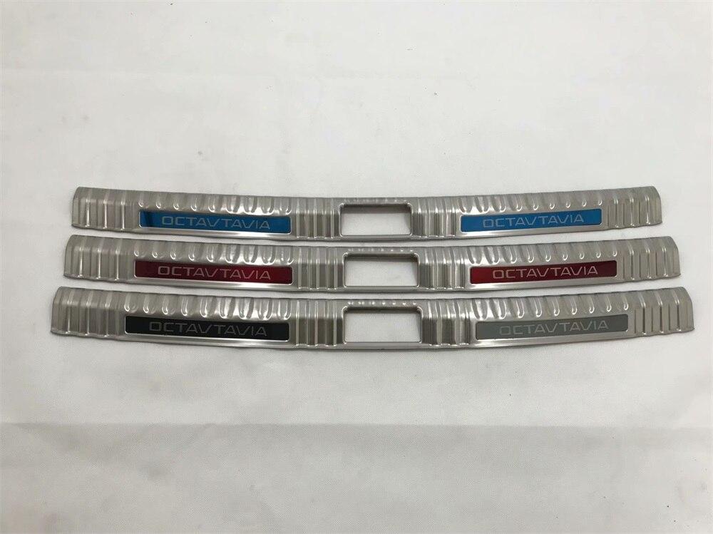 Pour Skoda Octavia 2018 Externe Pare-chocs Arrière Protecteur de Coffre En Acier Inoxydable Chrome-Style Rouge Bleu Noir logo
