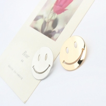 Personality Cartoon Smile Face Brooch Creative Glossy Copper Clothing Pin Cute Trend Jewelry Accessories for Unisex Broche Perno