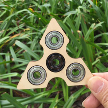 2017 New Wooden Tri-Spinner Fidget Toy For Children/Adult New Year Gift Kids Party Favors EDC Sensory Spinners Toys Pinata
