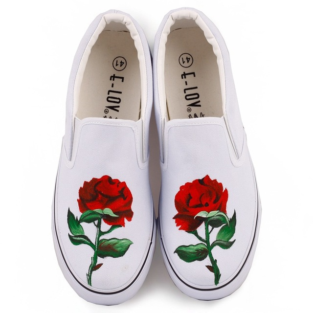 Red Rose Graffiti Shoes Hand Painted Canvas Shoes White Black Flats  Different Flowers Desigh Sneakers Big Size 35-44 f5ba913ef