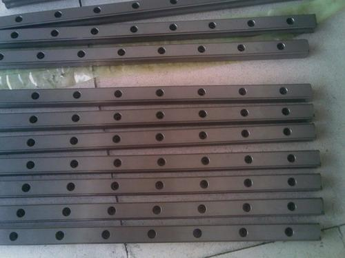 300mm HIWIN EGR25 linear guide rail from taiwan free shipping to argentina 2 pcs hgr25 3000mm and hgw25c 4pcs hiwin from taiwan linear guide rail