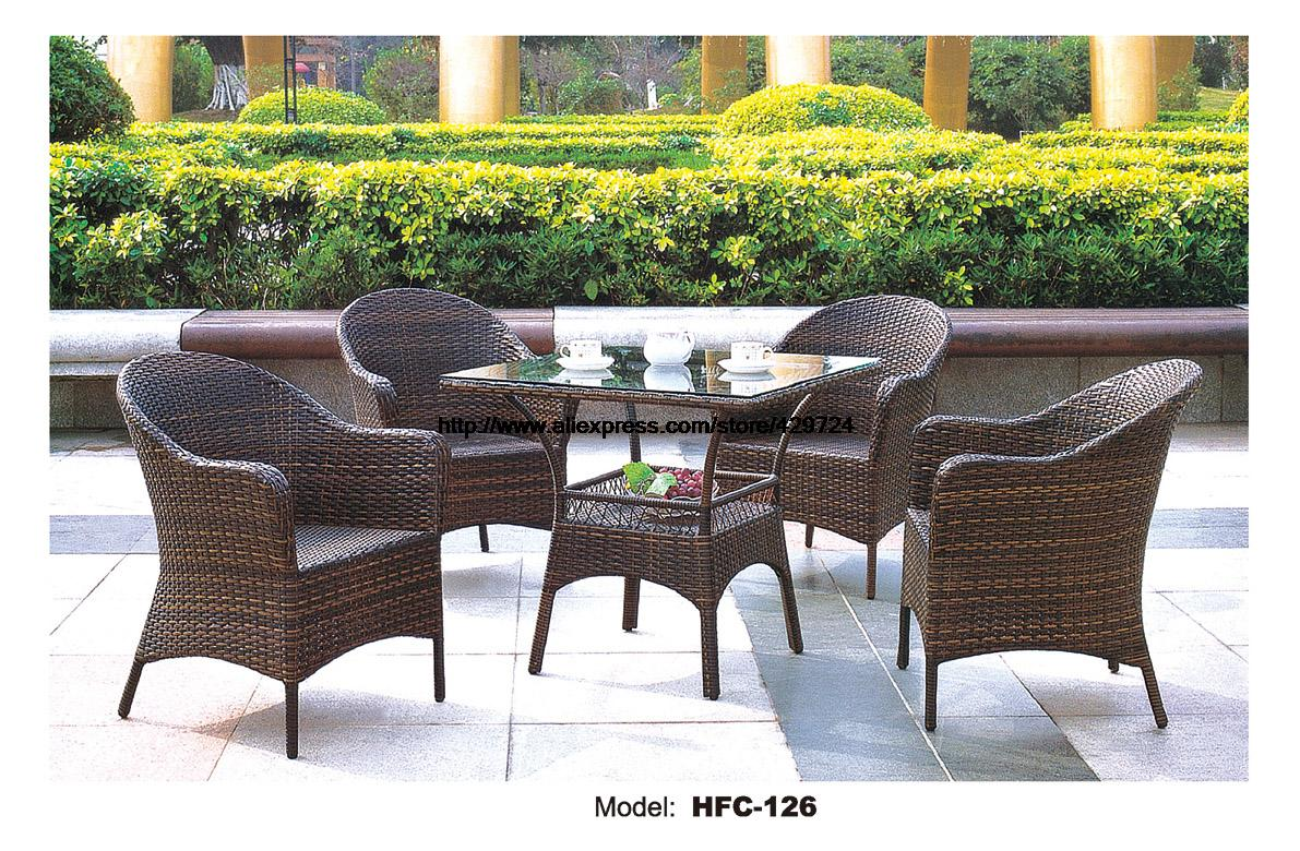 Comfortable high back outdoor chairs set wicker vine for Comfortable lawn furniture