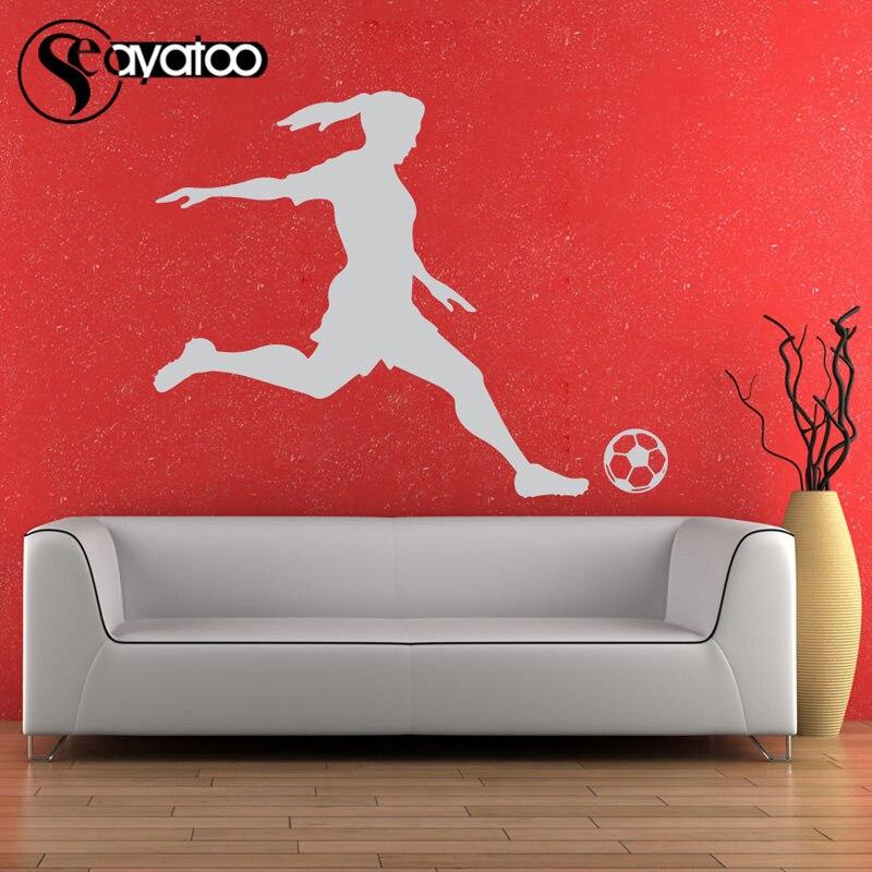 Voetbal Speler Meisje Vrouw Vinyl Muursticker Decal Sport Mural Decor 87x110 cm 3