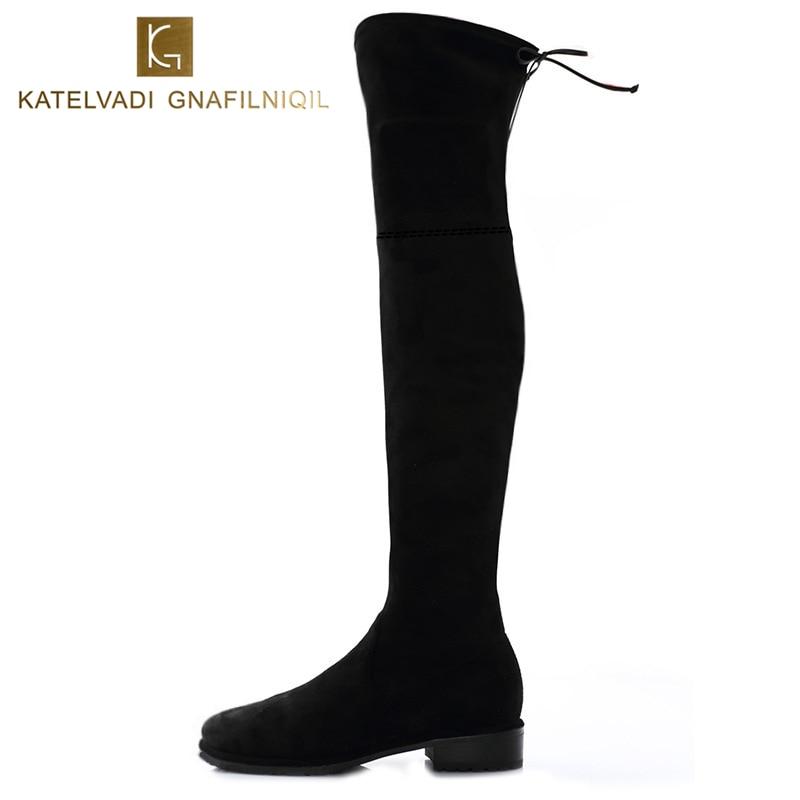 Новые женские зимние ботинки эластичные тонкие на коленях с плюшевыми черными бедрами Высокие ботинки женские туфли с круглым носком