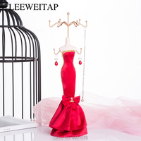 Modern decorative European iron painting model jewelry stand window dressing table for friends and colleagues birthday holiday