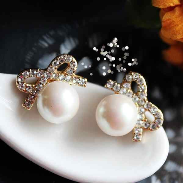 605 Summer Jewelry Exquisite Temperament Anti-allergic Bowknot Crystal Simulated Pear Stud Earrings For Women   E3652