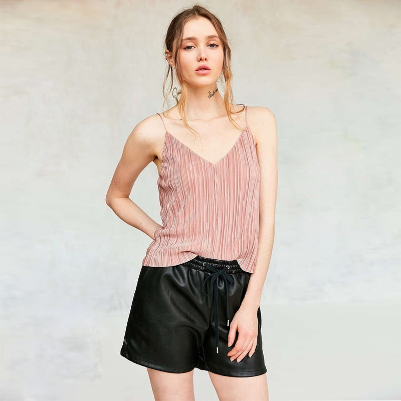 HDY Haoduoyi  Sexy Club Lady Solid Color 2019 Open Back Tops Spaghetti Strap Fashion Cute Sweet  V-Neck Strapless Shoulder Camis