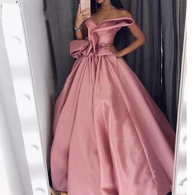Saudita Al Rosa Rosado Noche Satén Cuello V Árabe Vestido 2019 De Hombro Vestidos Formal Volantes Sexy En qzqrSO