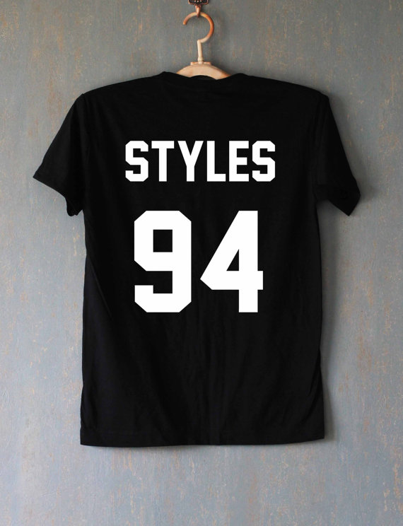 Styles 94 Harry Styles One Direction 1D Musik Rock Band Boys Varsity - Damenbekleidung - Foto 2