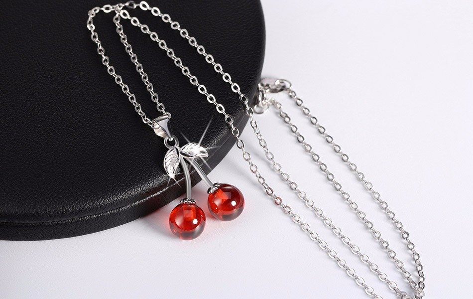 ORSA JEWELS 925 Sterling Silver Red Natural Stone Cherry Pendant Necklaces for Women Genuine Silver Jewelry Necklace Gift SN03