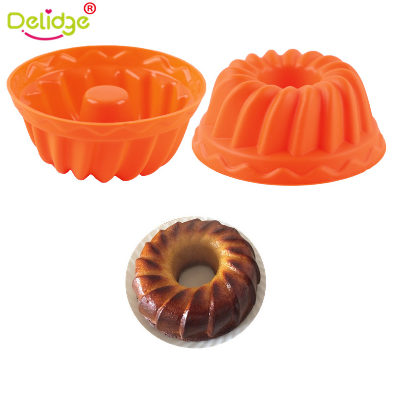 Delidge 12pcsset Mini Spiral Cake Mold Silicone Chiffon Cupcake Baking Pan DIY Bread Dessert Mold