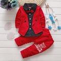 2017 Meninos Primavera & Outono Casuais Conjunto de Roupas de Bebê Crianças Botão carta Arco Conjuntos de Roupas de Bebê jaqueta + calça 2-Piece Suit conjunto