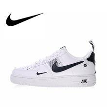 14b495cfbf1 Original Autêntica Nike Air Force 1 07 LV8 Utilidade dos homens Skate  Sapatos Sapatos de Desporto