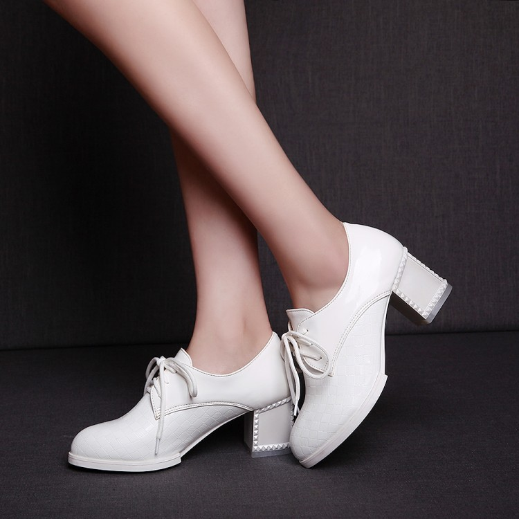816 Hauts Printemps Plate À Pompes 1 Femmes Chaussures 43 Talons Sexy De Taille Carrée 34 Marque Robe Mode Automne blanc Noir forme SUxdqvwE