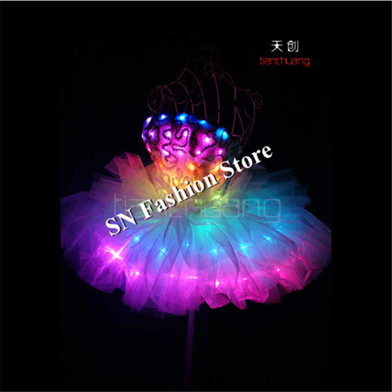 TC-143 Full color LED colorful light costumes party skirt wear ballroom dance ballet bar wedding dress clothe programmable dress