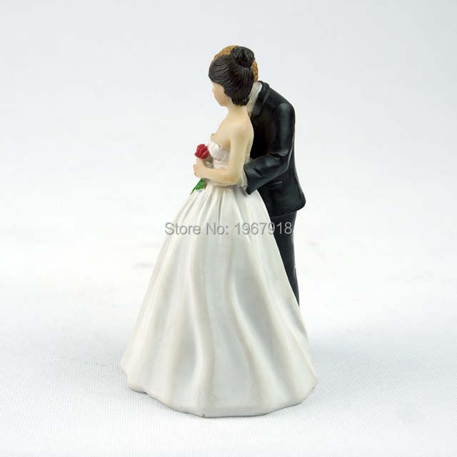 0a49c0a19b89 Resin Cake Topper Wedding Couple Cake Stand Bridal Shower Cake Decoration  Figurine Valentines Gift
