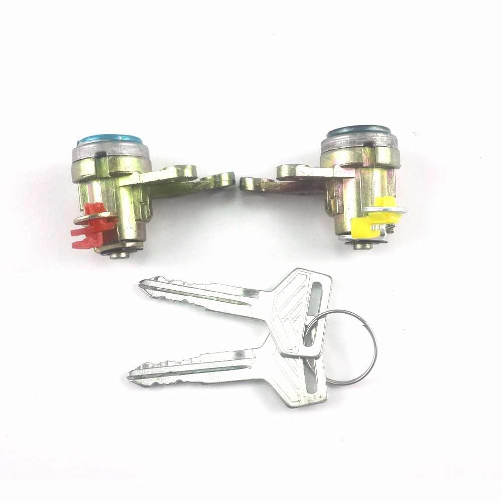 Electrical door lock with key for Toyota 69052-33010 69051-33010