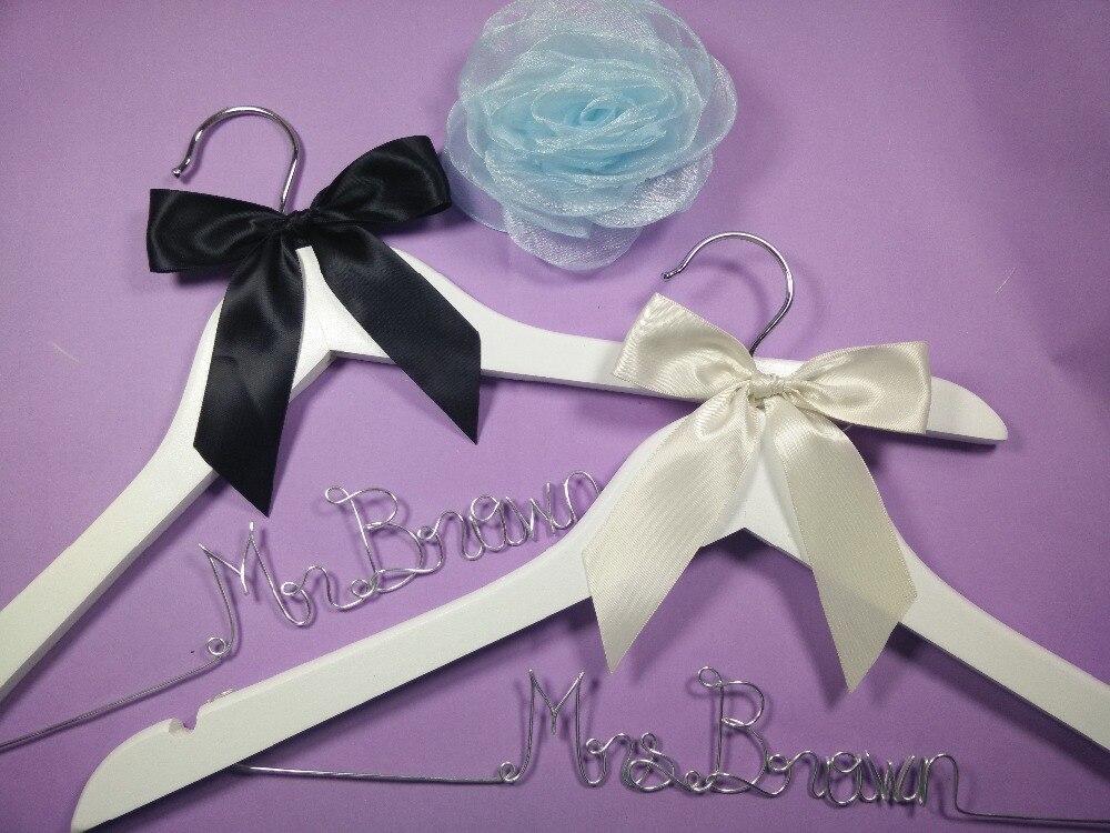 Envío gratis 2 perchas de boda personalizadas, regalos de dama de - Organización y almacenamiento en la casa
