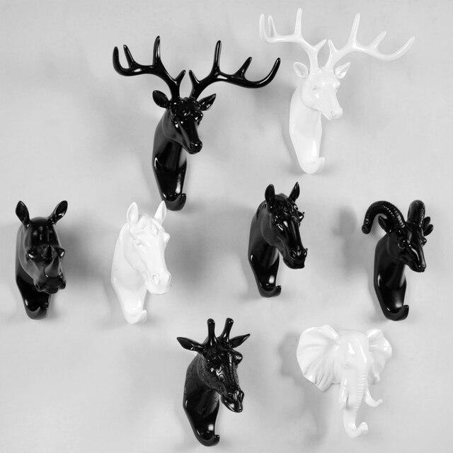 Meijswxj Resin Crafts Wall Hook Vintage Deer Head Animal Clothing Display Racks Coat