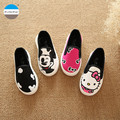 2017 de la historieta de 1 a 12 años de edad de los niños casual shoes bebé boys and girls canvas shoes moda niños zapatillas de deporte infantil prewalker