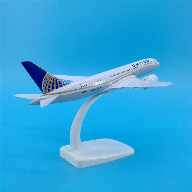 20cm 1/400 collectible Boeing 787 United airlines airplane model toys aircraft diecast plastic alloy plane gifts for kids