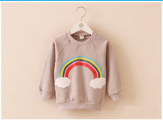 2016 del otoño niños de la manera de la manga completa camiseta Del Bebé Del algodón Del Arco Iris nubes luna patrón de la muchacha del muchacho ropa