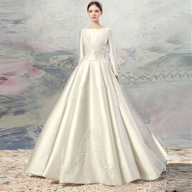 New High Quality Gorgeous Ivory Silk Satin Full Sleeve Holy Wedding Dress 2018 Bridal Gowns Widding