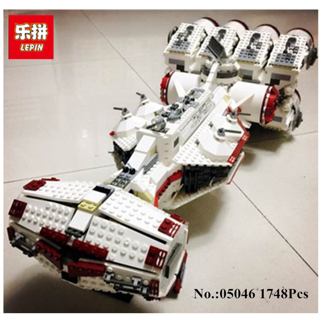 Lepin 05046 1748Pcs New Star War Series The Tantive IV Rebel Blockade Runner Set Educational Building Blcoks Bricks Toys 10019 lepin 05046 1748pcs star war series the tantive iv rebel blockade runner set building blcoks bricks toys for children gift 10019