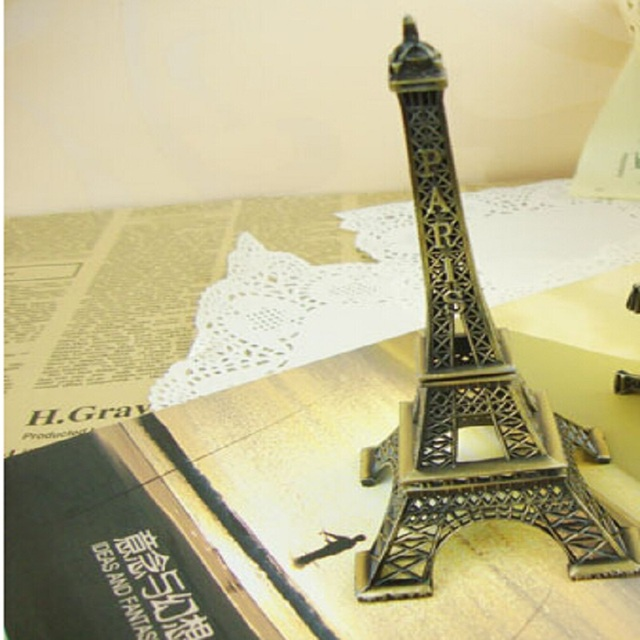Simple modern metal crafts / creative gifts / Eiffel Tower furnishing articles knutselen decoracion hogar artesanias crafts